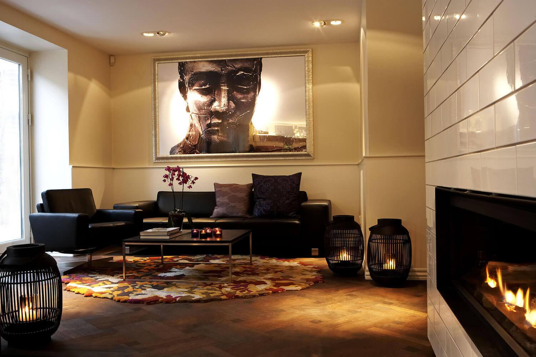 Hotel_lounge1.jpg