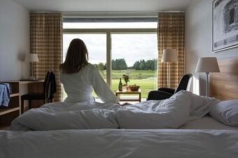 Hotelværelse-2_600x400-340x226.jpg