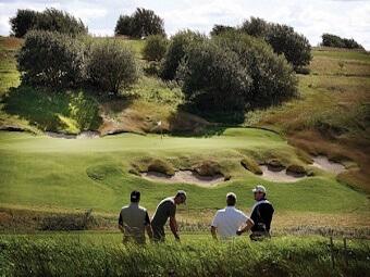 GolfForGutta_600x400-340x227.jpg