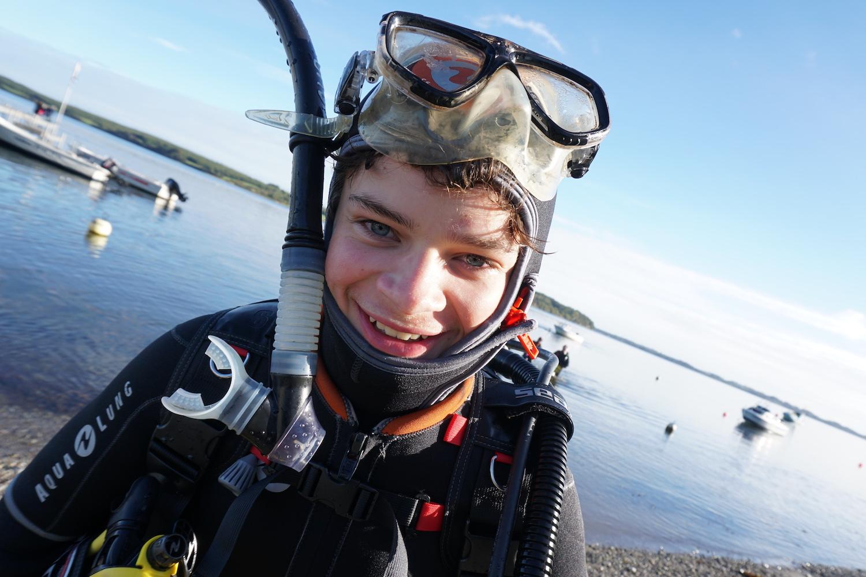 glad dykker.jpg