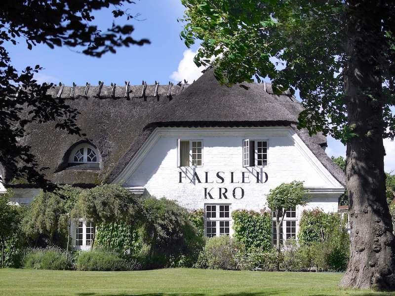 Falsled Kro facade-kopi.jpg