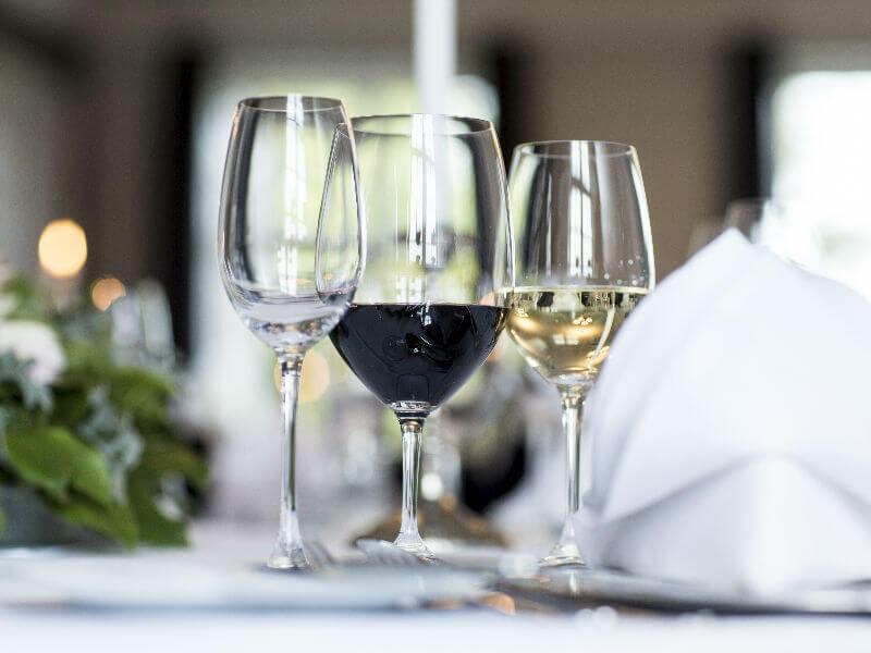 Middag inkl vinmenu.jpg